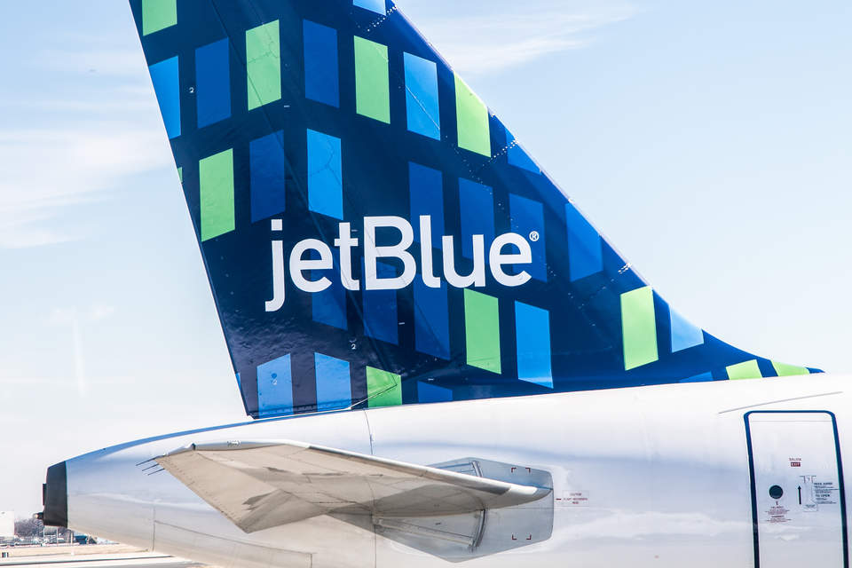 photo of JetBlue embarks on journey to offset all U.S. domestic flights image
