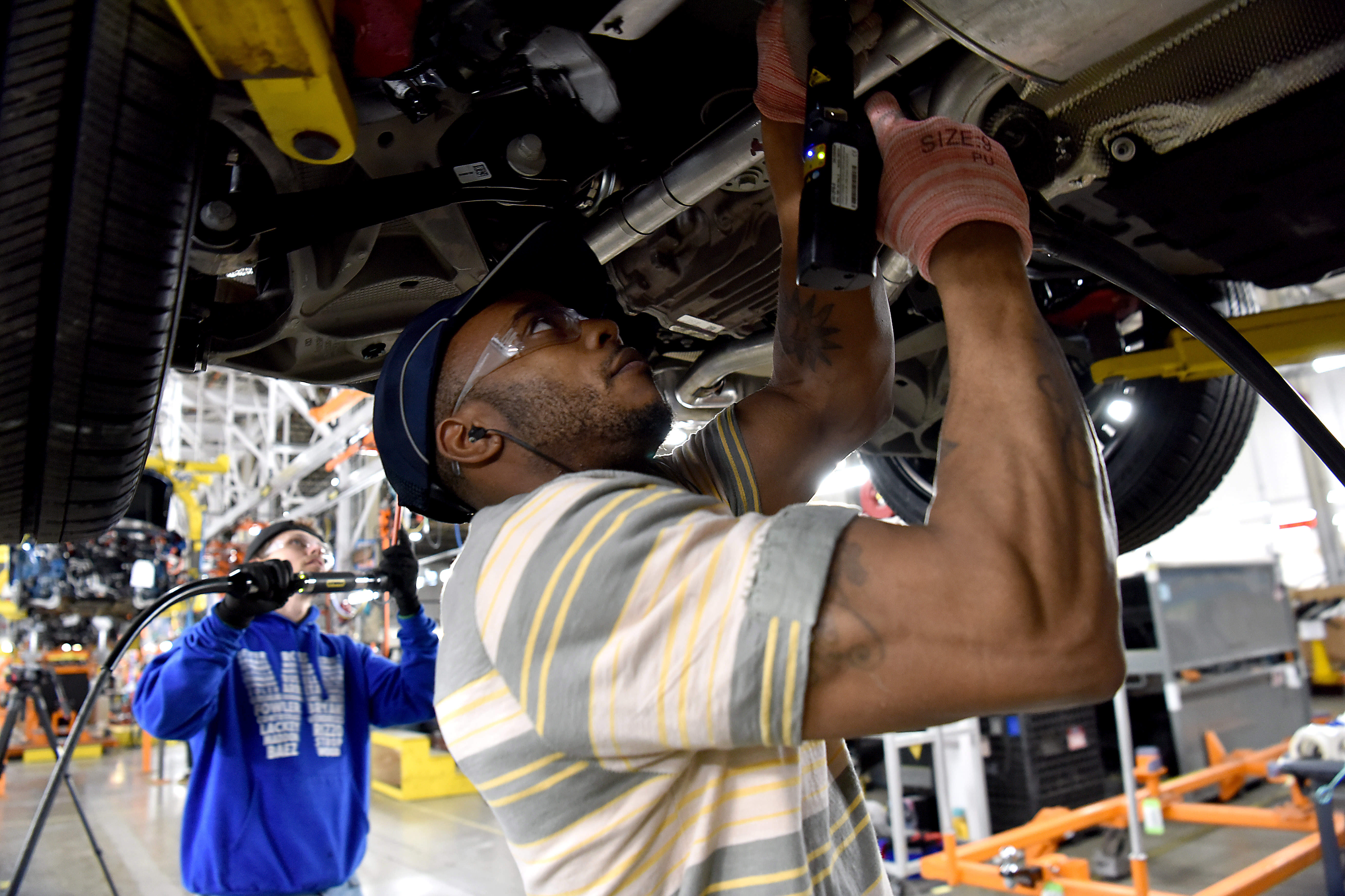 A Ford employee learns to build the all-new 2020 Ford Explorer