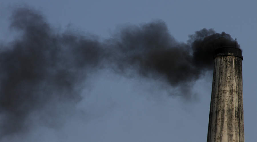 Pollution at Indian brickworks