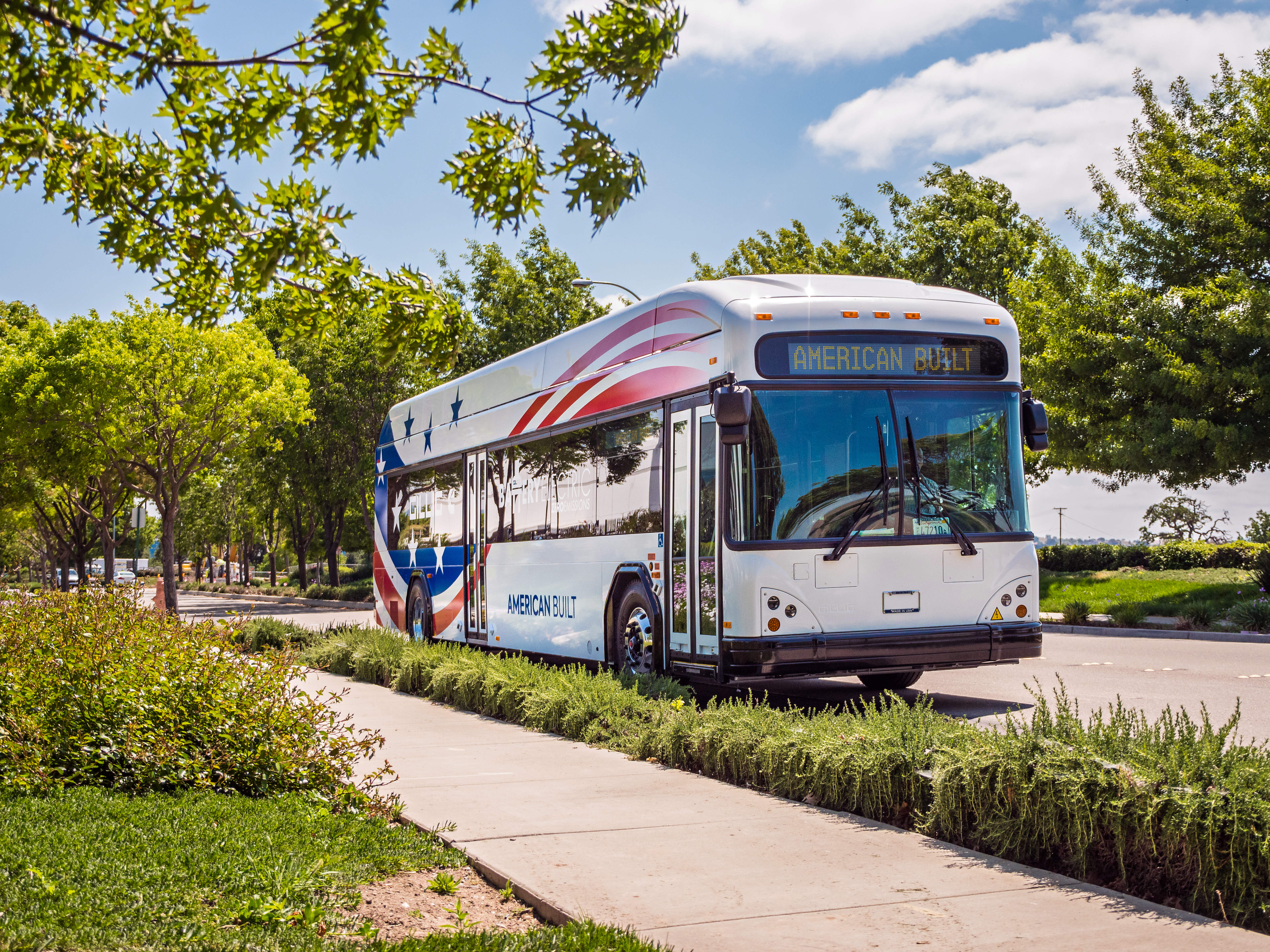 Cummins' electric bus in partnership with Gillig